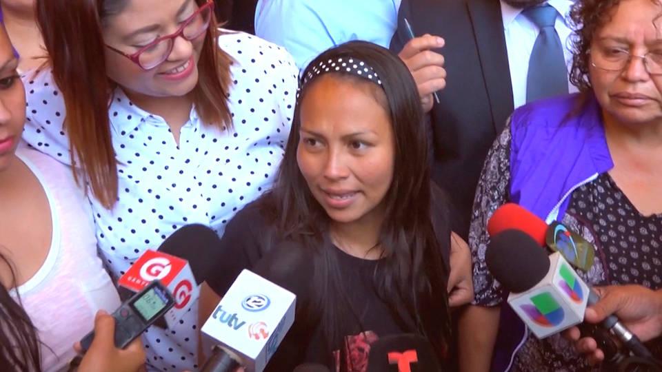 H13 elsalvadorian women