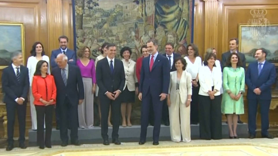 H14 spanish government women cabinet1
