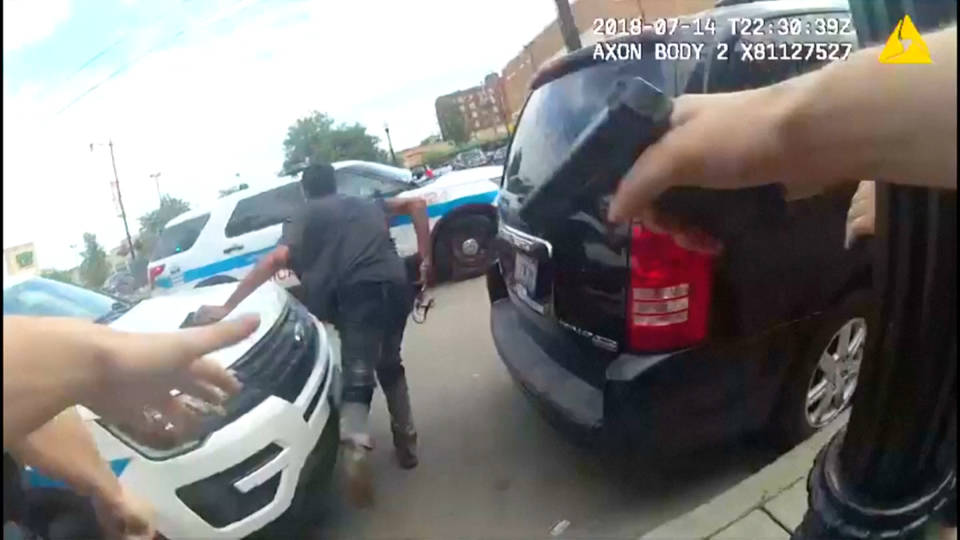 H9 chicago police killing protests