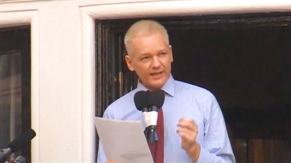 H9 assange equadorian embassy london