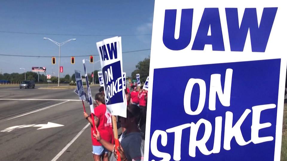 H11 uaw strike general motors united auto workers third week