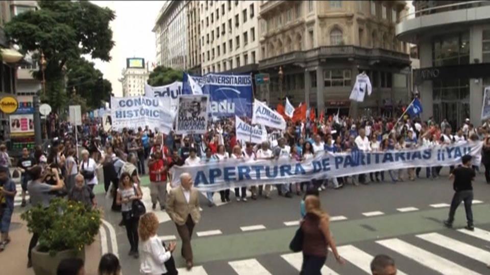 H09 argentina strike