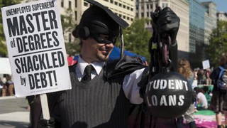 H10 student debt