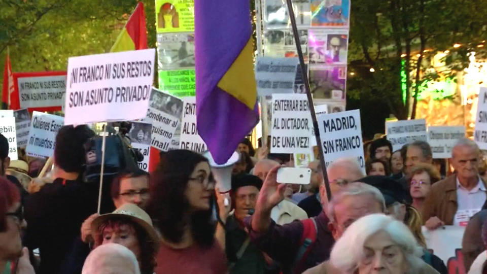 H12 franco protest