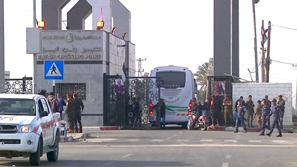 H7 rafah crossing opened for ramadan