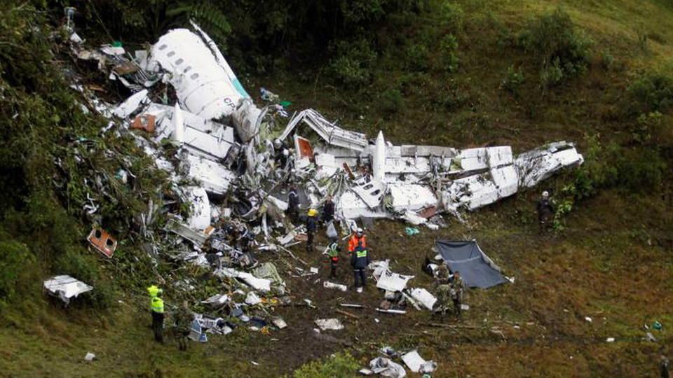 H5 plane crash