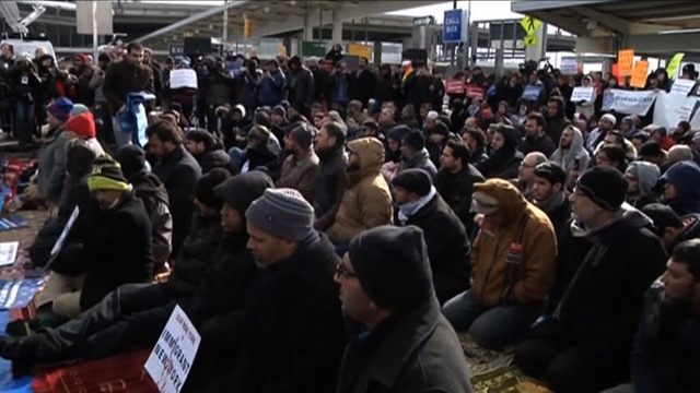 H06 airport protest