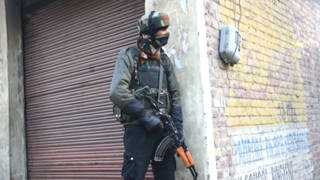 H13 kashmir gunfight