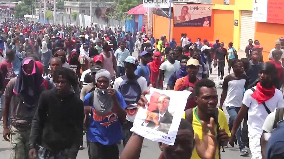 H5 anti government protests haiti deaths port au prince jovenel moise