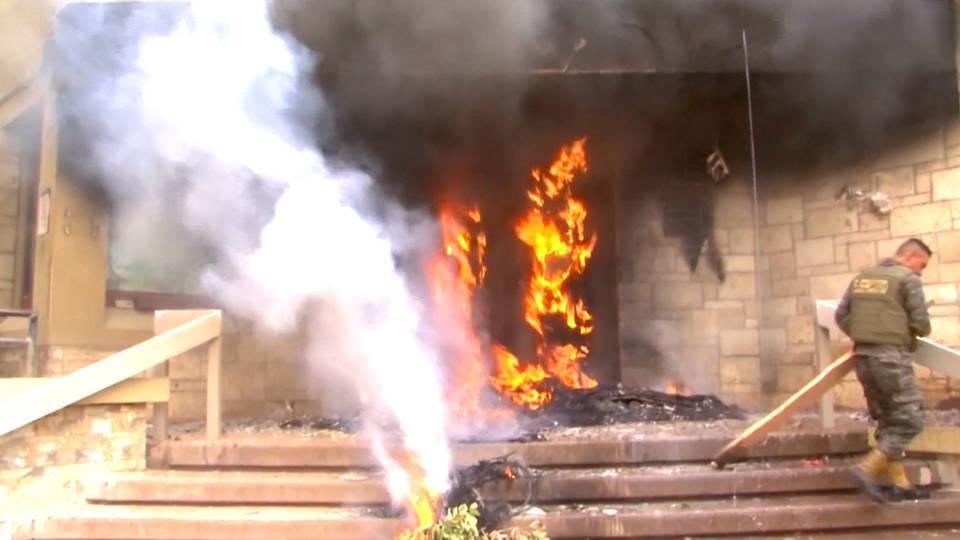 H6 protesters burn fire us embassy honduras
