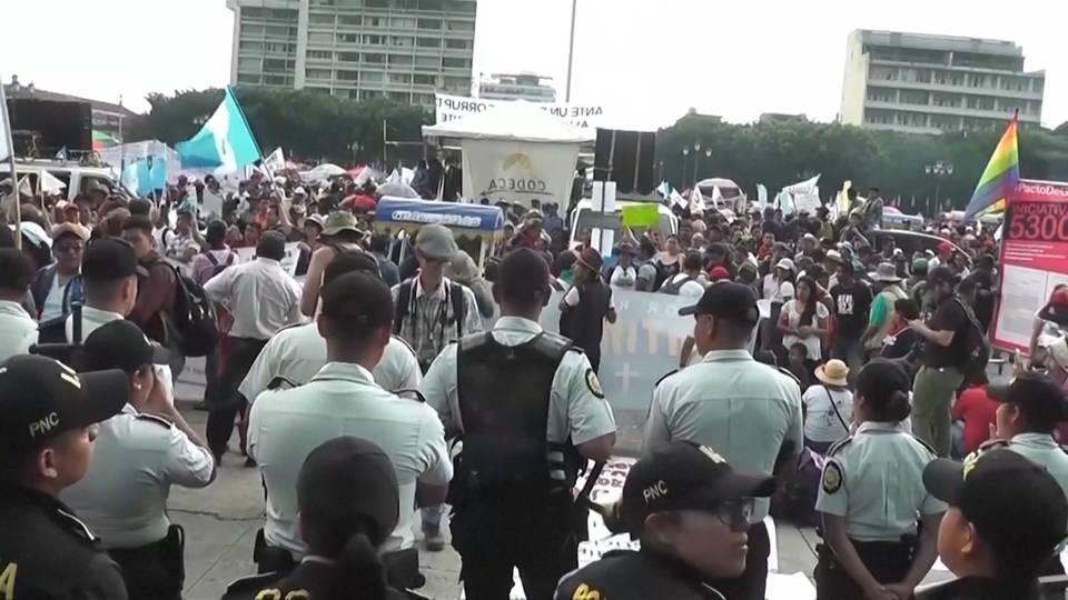 H8 guatemala protest