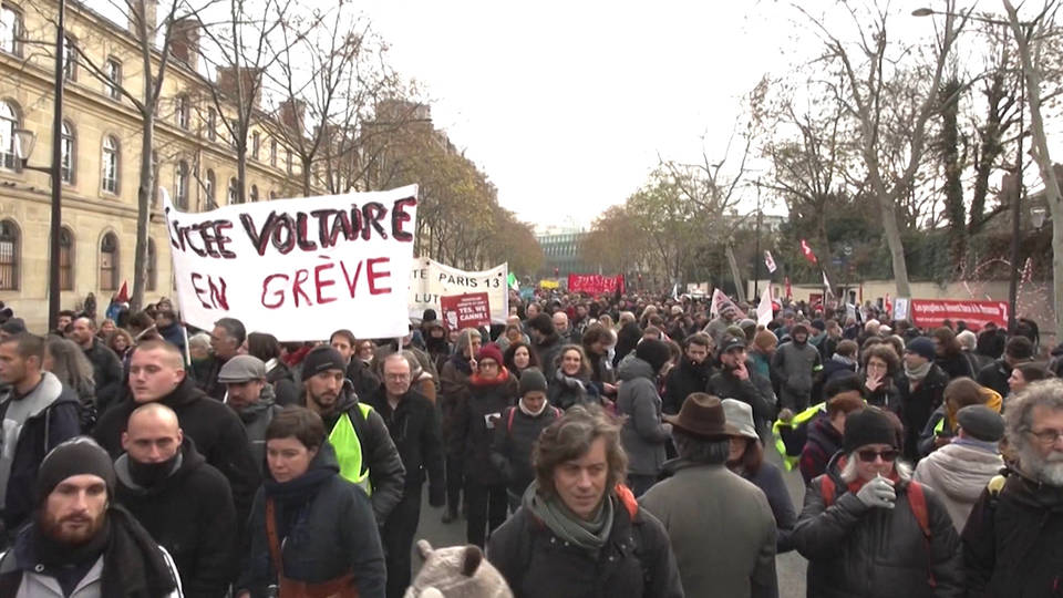 H8 france workers strike macron pension plan prime minister edouard philippe retirement age unions