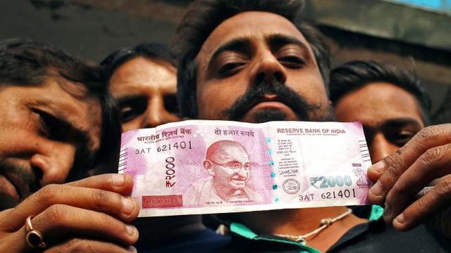H11 india money