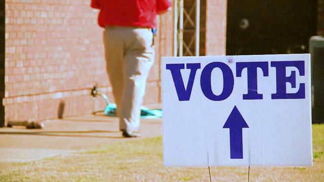 H8 north carolina court temporarily blocks discriminatory voter id laws