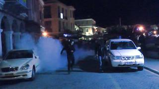 H9 greece far right attack migrants
