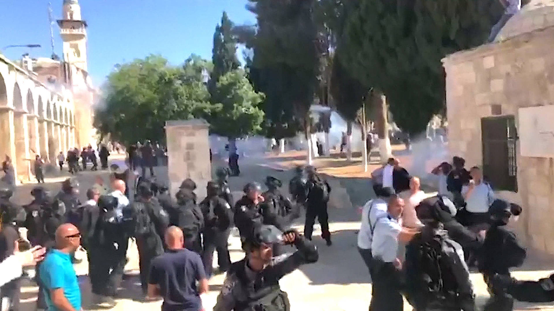 Israeli Forces Storm Holy Site of Al-Aqsa Mosque on Eid