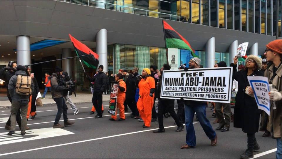 H15 mumia protest