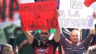 H mexicans protest caravan