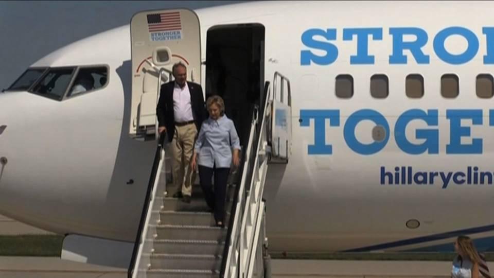 Clinton plane