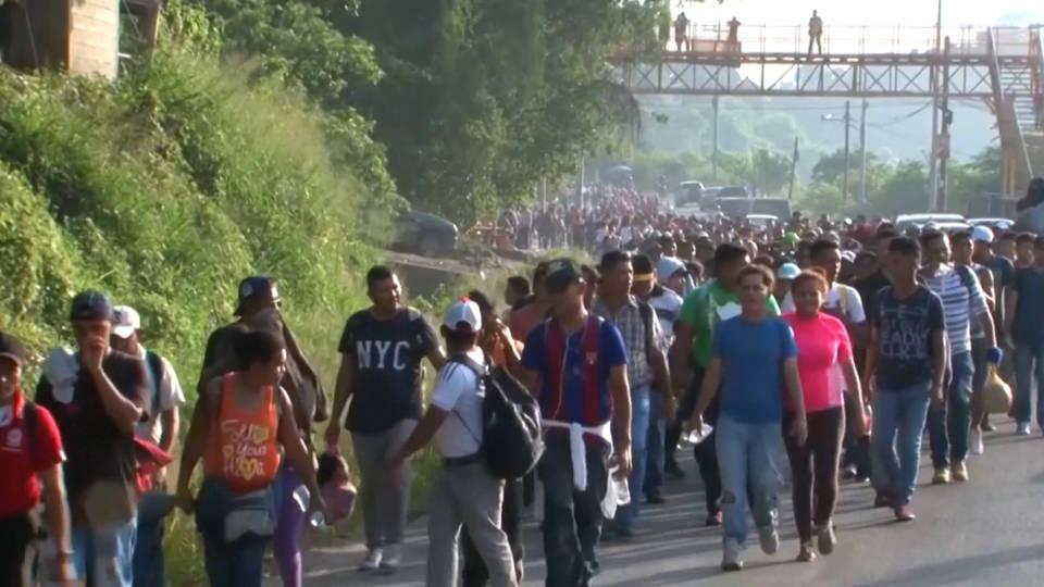 H10 caravan migrants