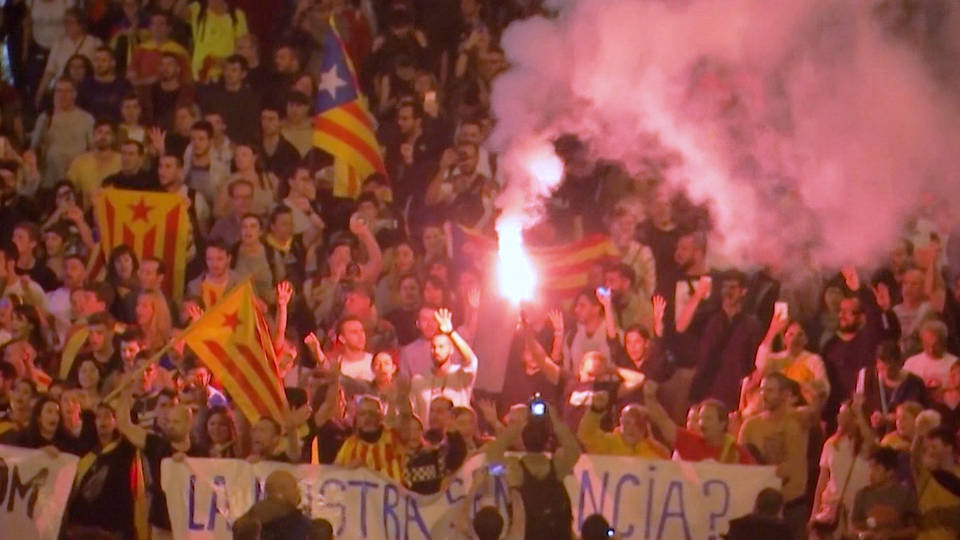 H7 barcelona spain airport catalonia protests separatists supreme court flights canceled