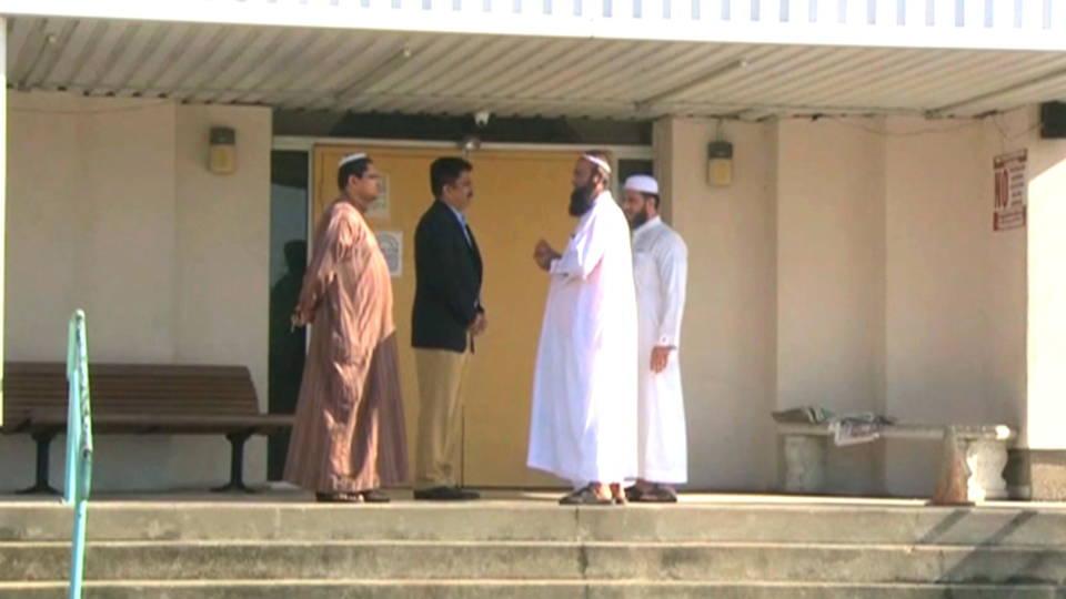 Hdlns7 muslimsattacked