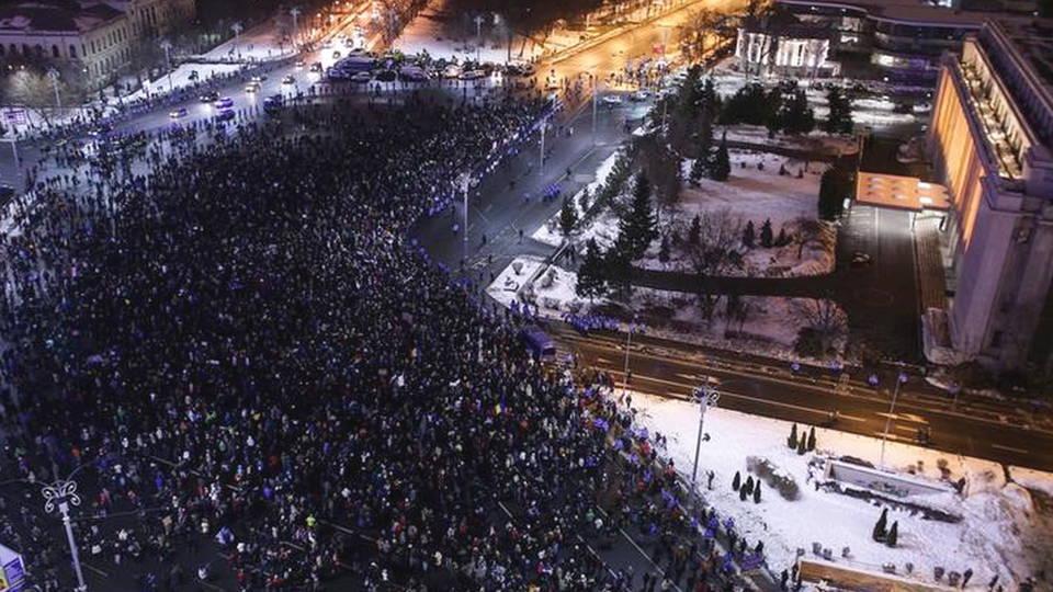 H7 romania protest