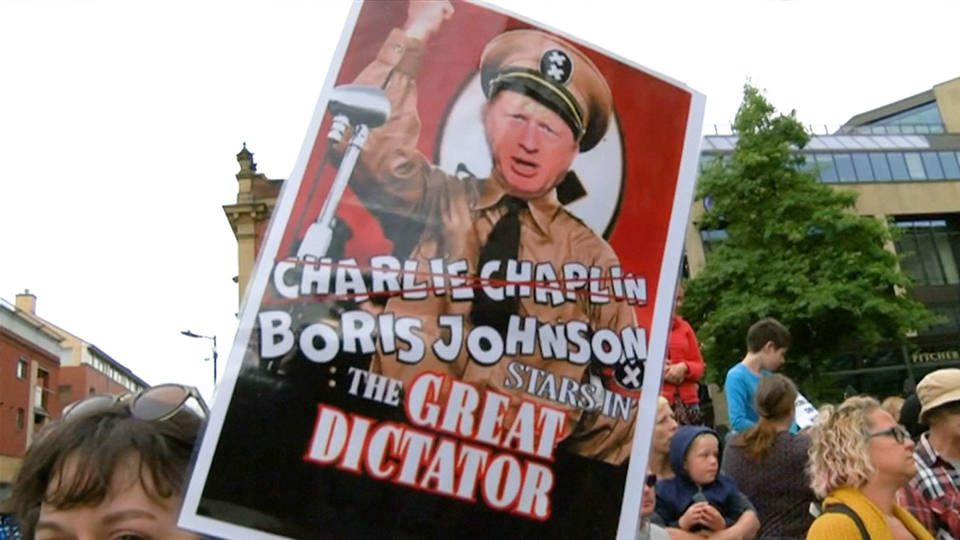 H7 boris johnson brexit parliament protest sign the great dictator2
