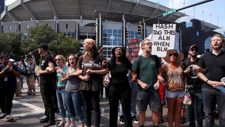 H4 nfl stadium charlotte protest