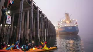 H6  vancouver washington activists pipeline ship blockade kayaks