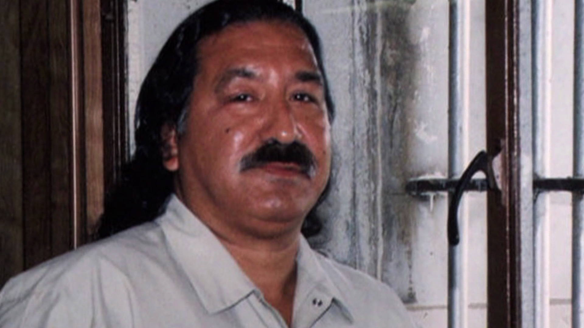 prison writings leonard peltier essay The hardcover of the prison writings: my life is my sun dance by leonard peltier at barnes & noble free shipping on $25 or more.