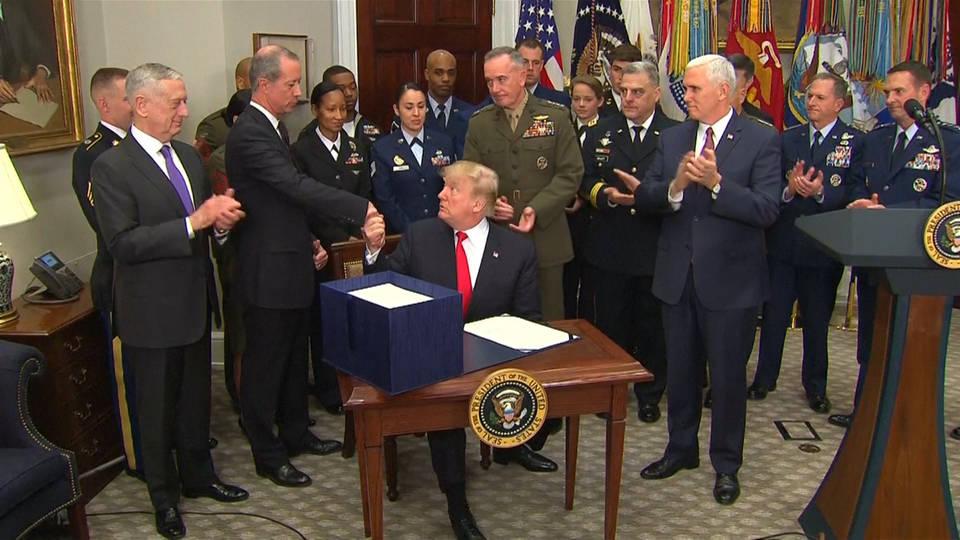 H3 trump military v1