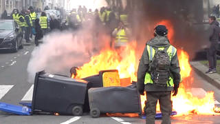 H6 yellow vests