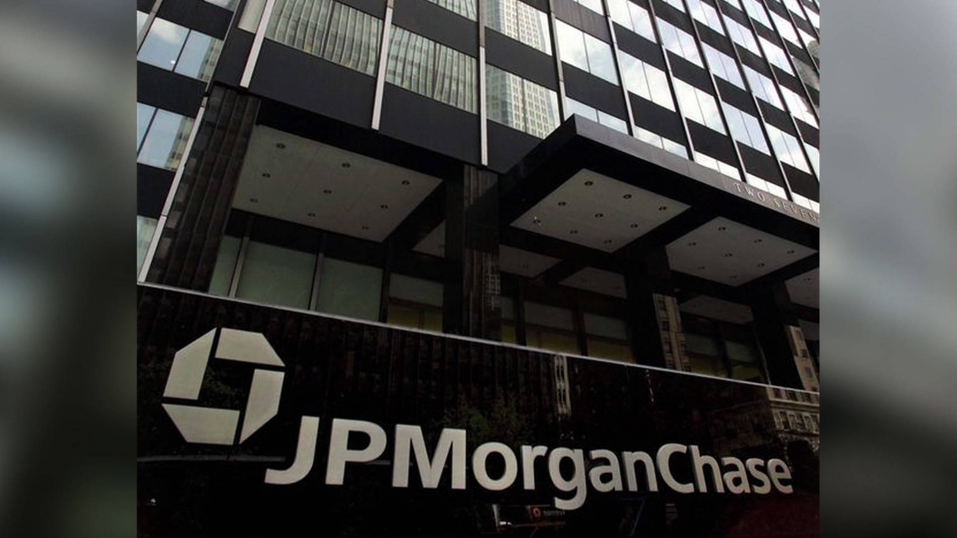 JPMorgan Chase to Pay $55M to Settle Housing Discrimination Lawsuit ...