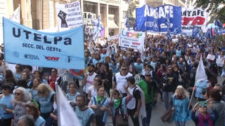H8 argentina protest