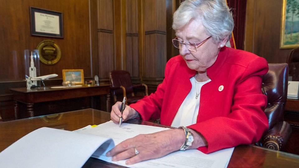 H1 alabama governer kay ivey abortion law