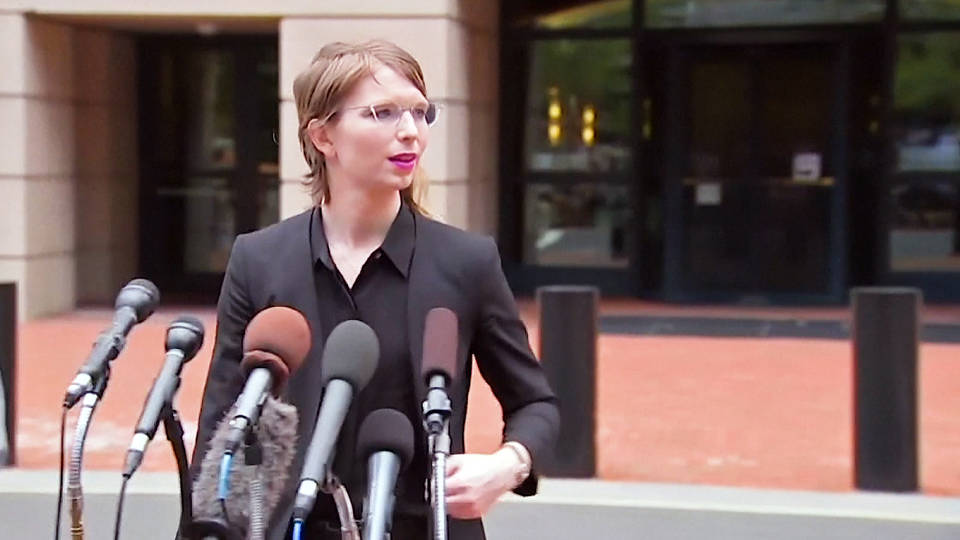 H10 judge orders immediate release of us army whistleblower chelsea manning after year in jail