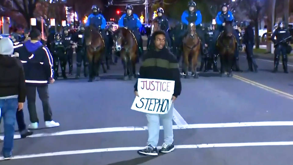 H2 stephon clark protest