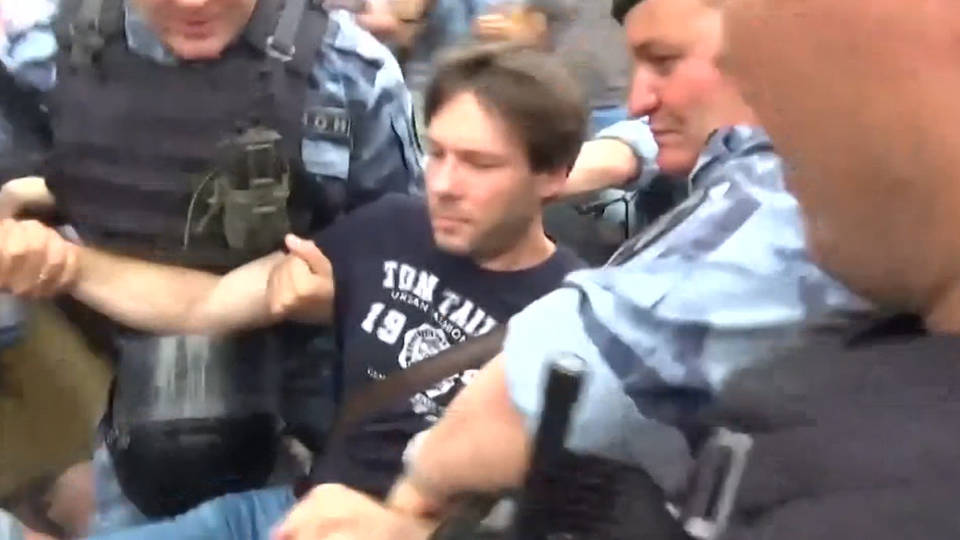 H6 russia moscow protests journalist detention arrest golunov press freedom