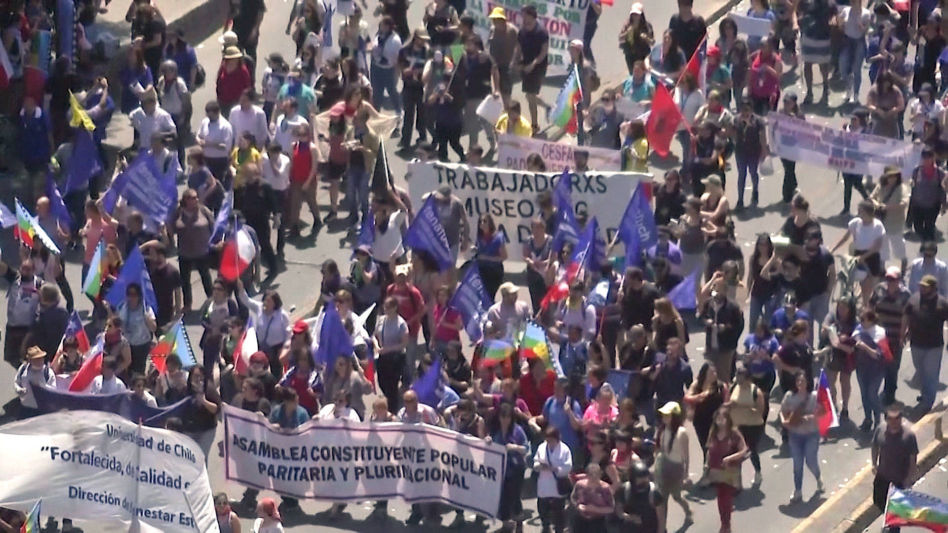Chilean Activist: Same Elites Who Caused Social Crisis Can't Be Trusted to Write New Constitution