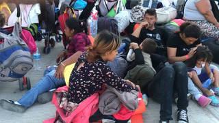 Caravan noam chomsky asylum refugees