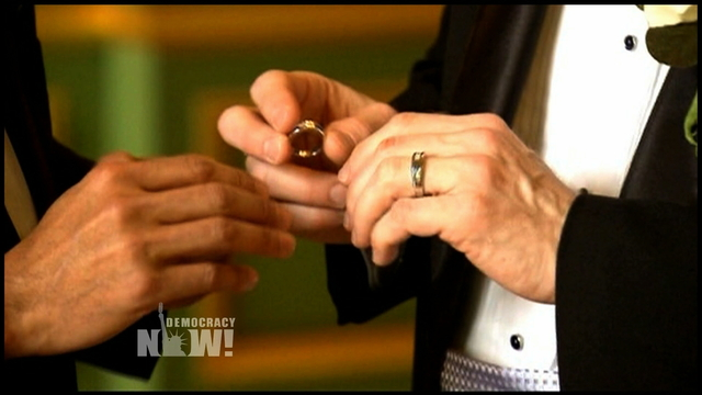 Button marriage 3