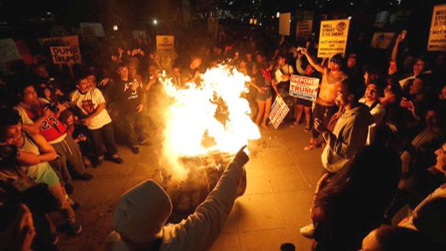 S1 trump protest