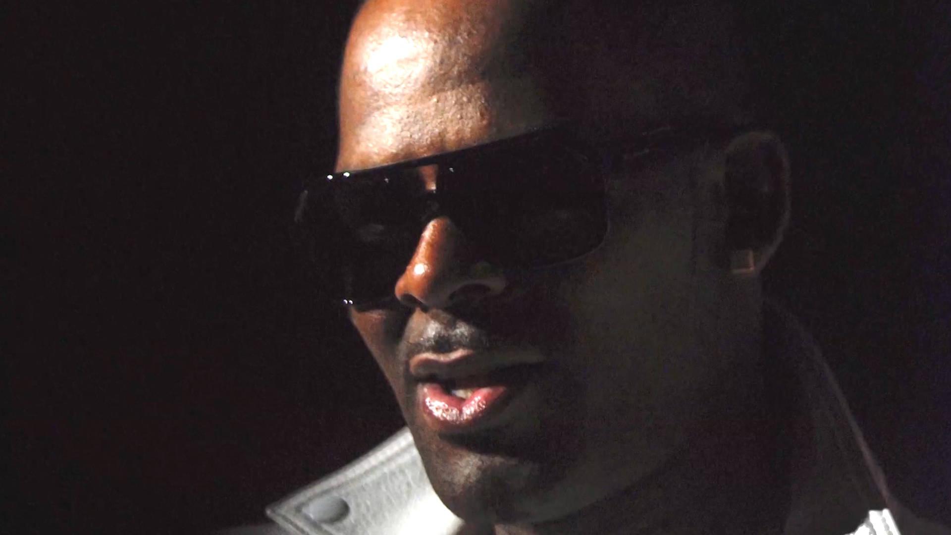 Sobrevivir A R Kelly Un Nuevo Documental Dice Que Se Le