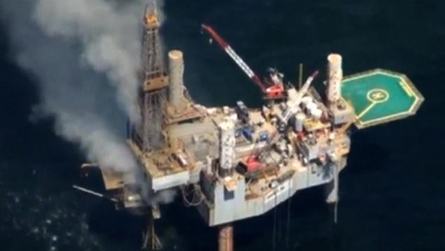 1209 seg02 pollution oilrigexplosion