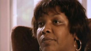 Mumia sister