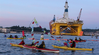 Arctic drilling shell no kayak protests seattle greenpeace 2