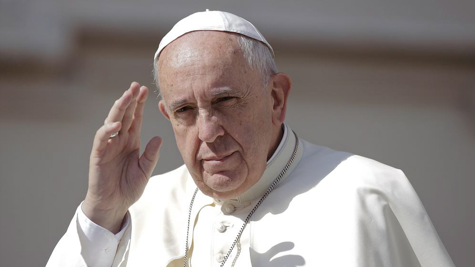 """Pope Francis: """"Bold Cultural Revolution"""" Needed to Save Planet from Climate Change & Consumerism"""