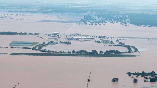 Texas flooded jail rosharon