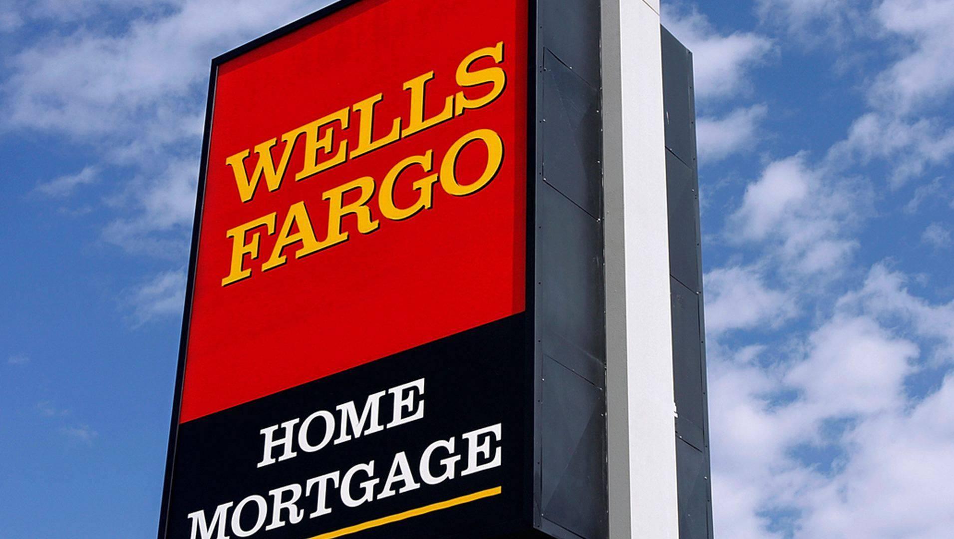 wells fargo management essay The organizational chart of wells fargo displays its 368 main executives including timothy sloan, john shrewsberry, perry pelos and richard levy.